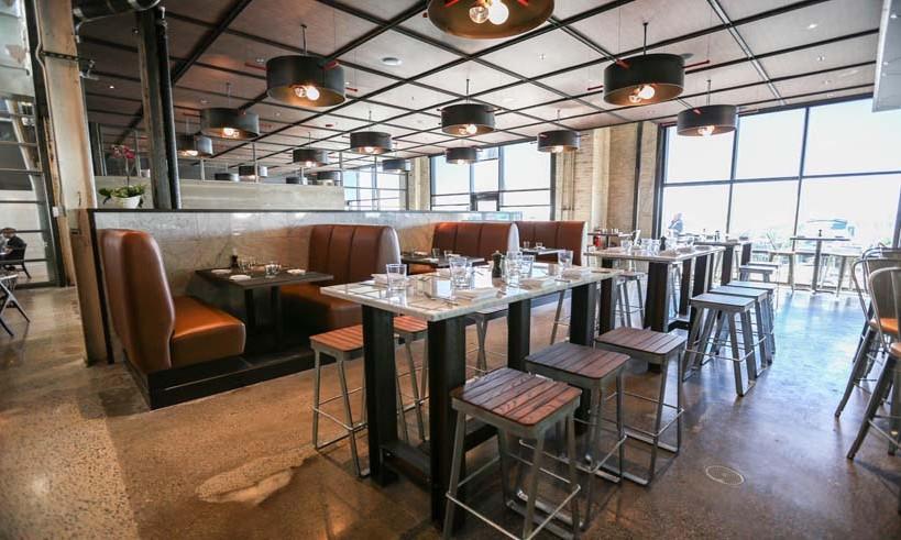 6 Smith Bar  U0026 Restaurant